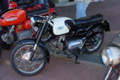 MVC-633S